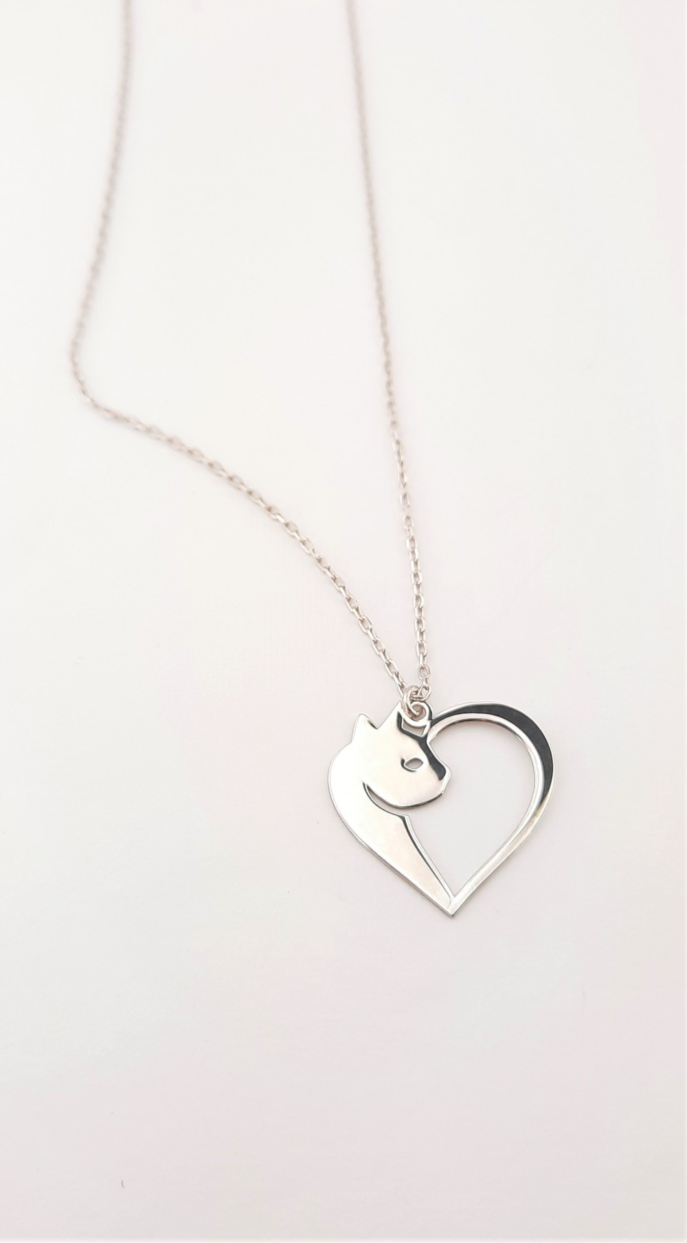 Kalpli Kedi Taşsız Gümüş Kolye