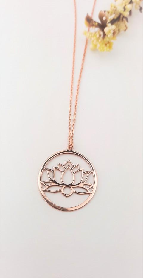 Halka İçinde Lotus Çiçeği  Rosegold Gümüş Kolye