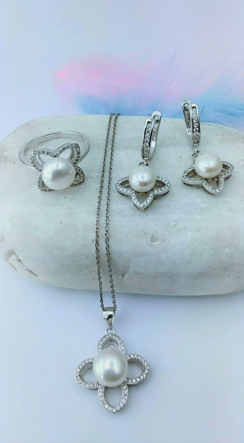 Okyanus İncili Dört Yapraklı Çiçek Tasarım Gümüş İnci Set
