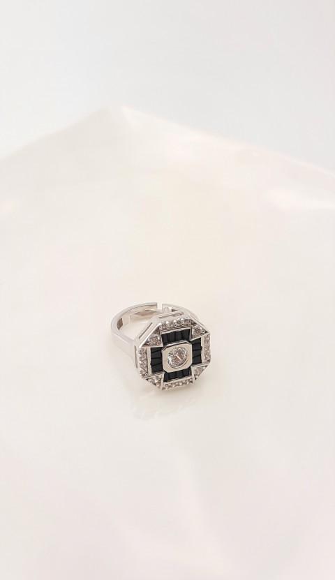 Siyah Taşlı Sekizgen Gümüş Serçe Parmak Yüzüğü