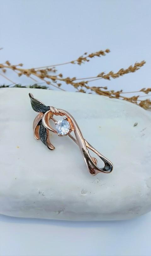 Tek Taşlı Yapraklı Tasarım Gümüş Broş