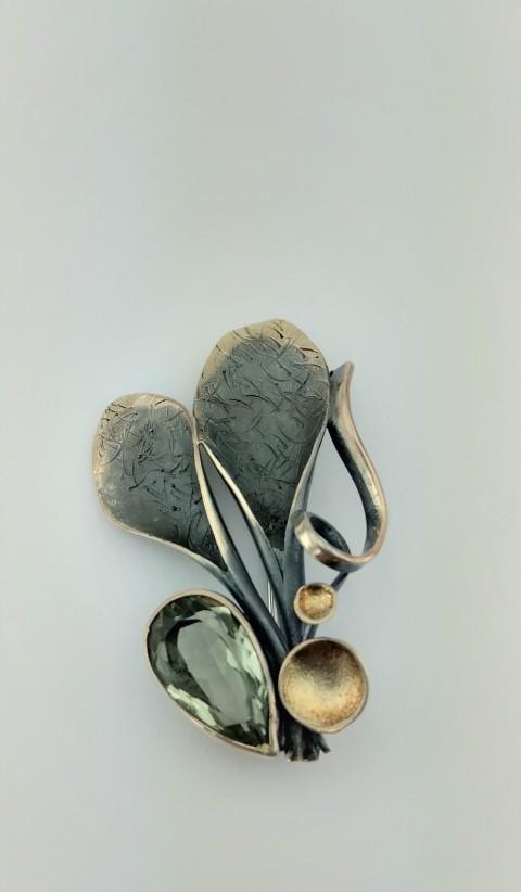 Yeşil Topaz Taşlı Tasarım Gümüş Broş